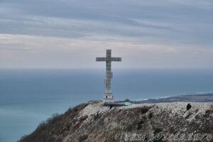 Крест - Парк Олимп в Геленджике