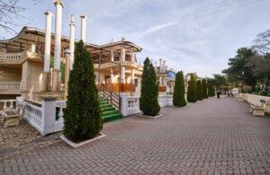 Отель Яхта - Набережная в Геленджике