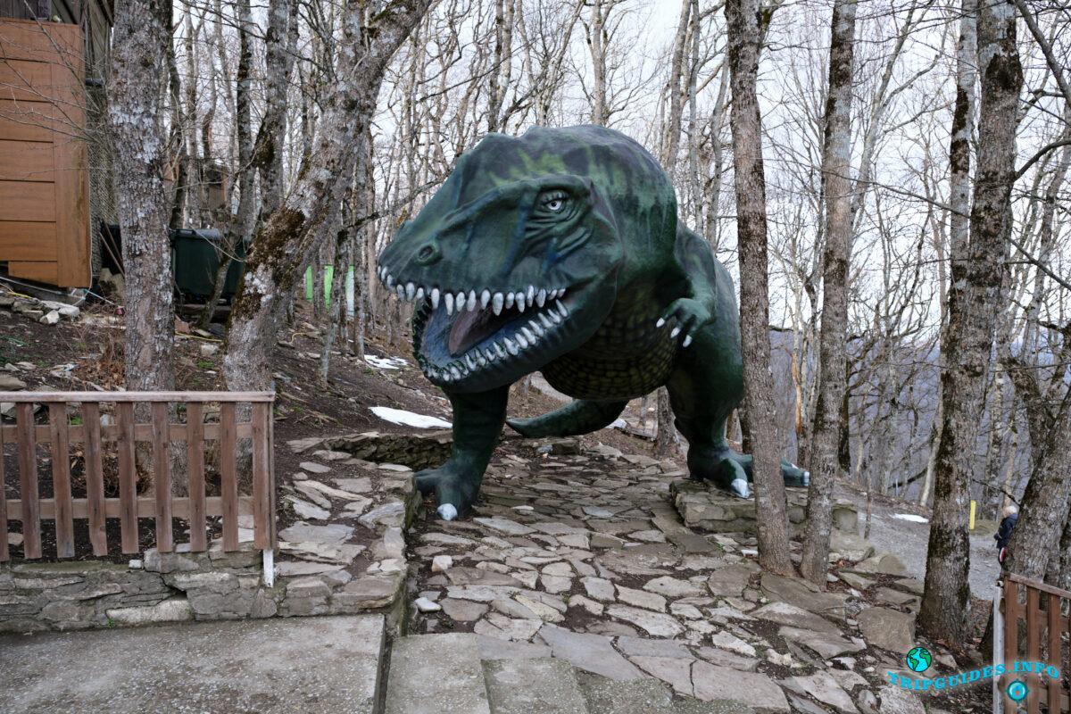 Парк Юрского периода в Сафари-парк Геленджик