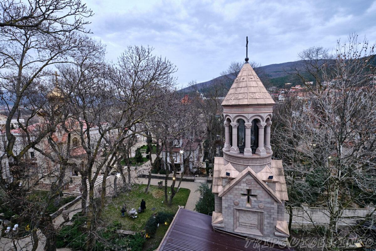 Дом Кавказа - Старый парк в Кабардинке