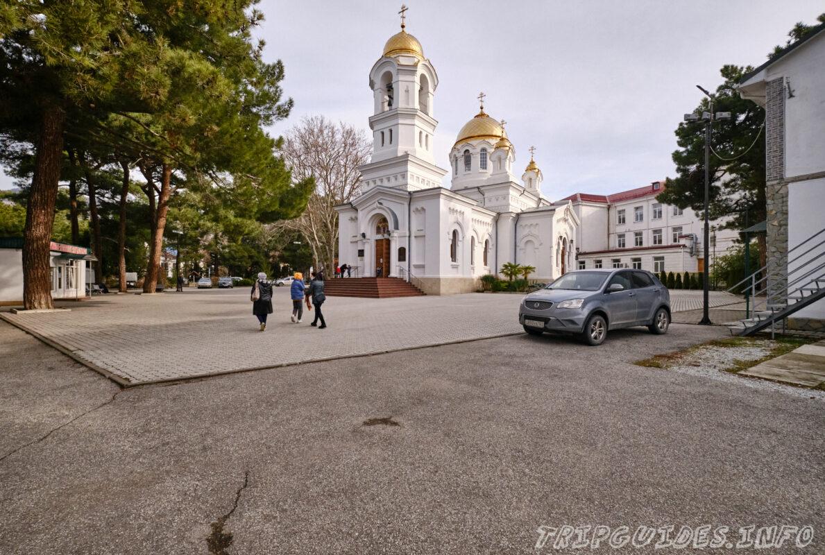 Свято-Вознесенский кафедральный собор в Геленджике