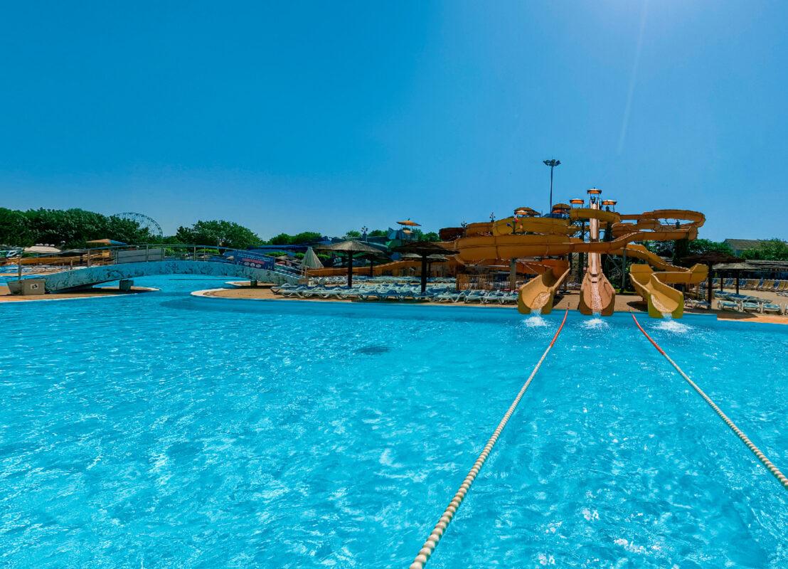 Аквапарк «Золотой пляж» в Анапе - Водные горки