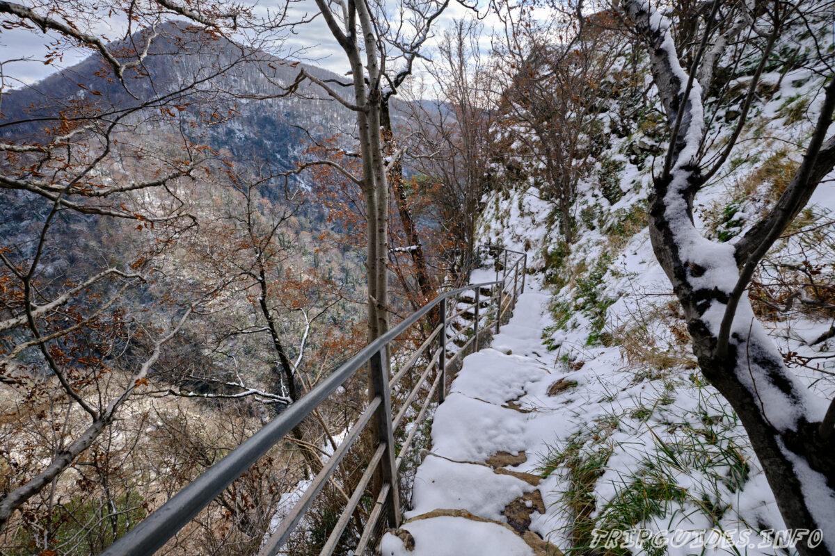 Карстовая пещера - Орлиные скалы - Сочи