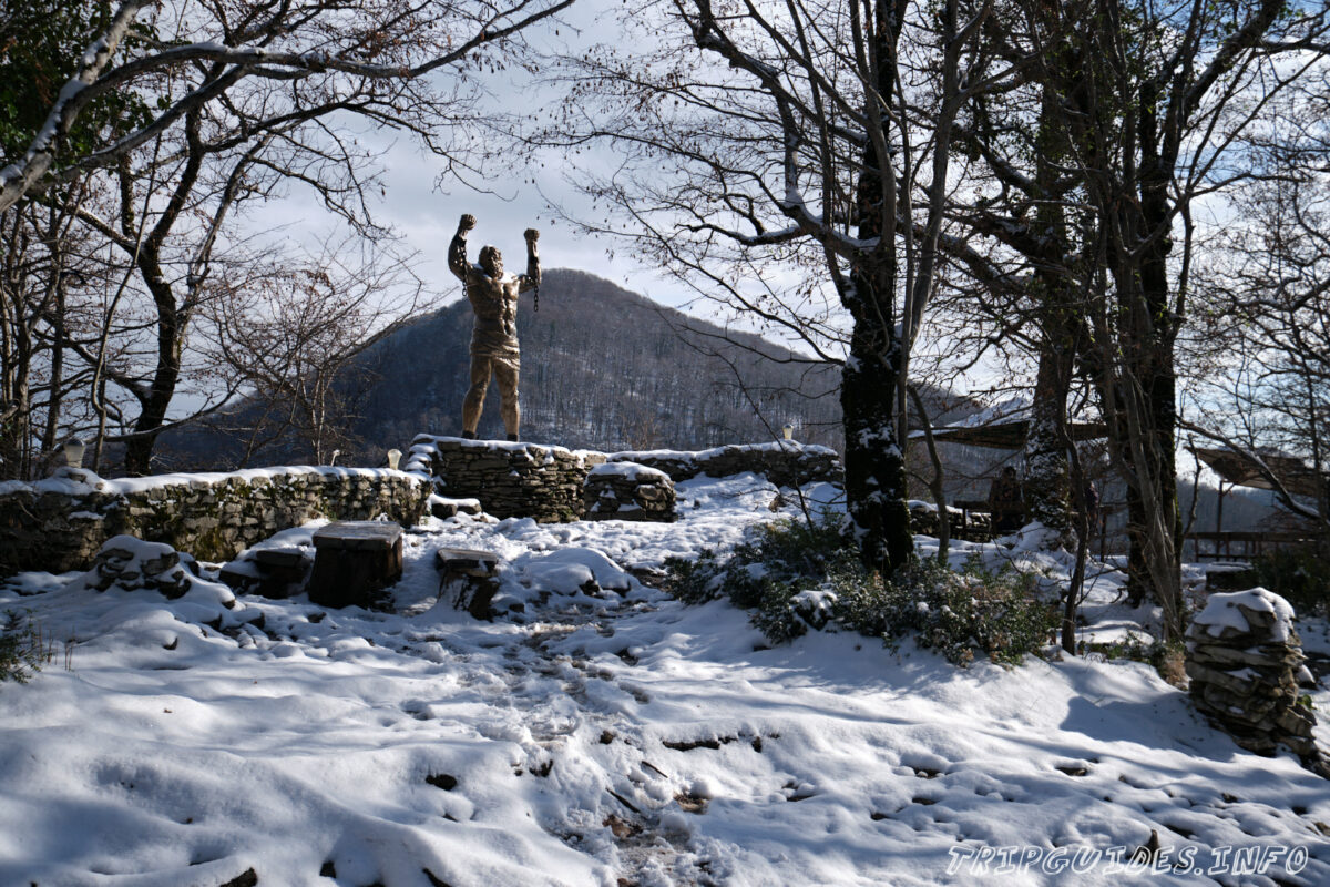 Статуя Прометея - Орлиные скалы - Сочи