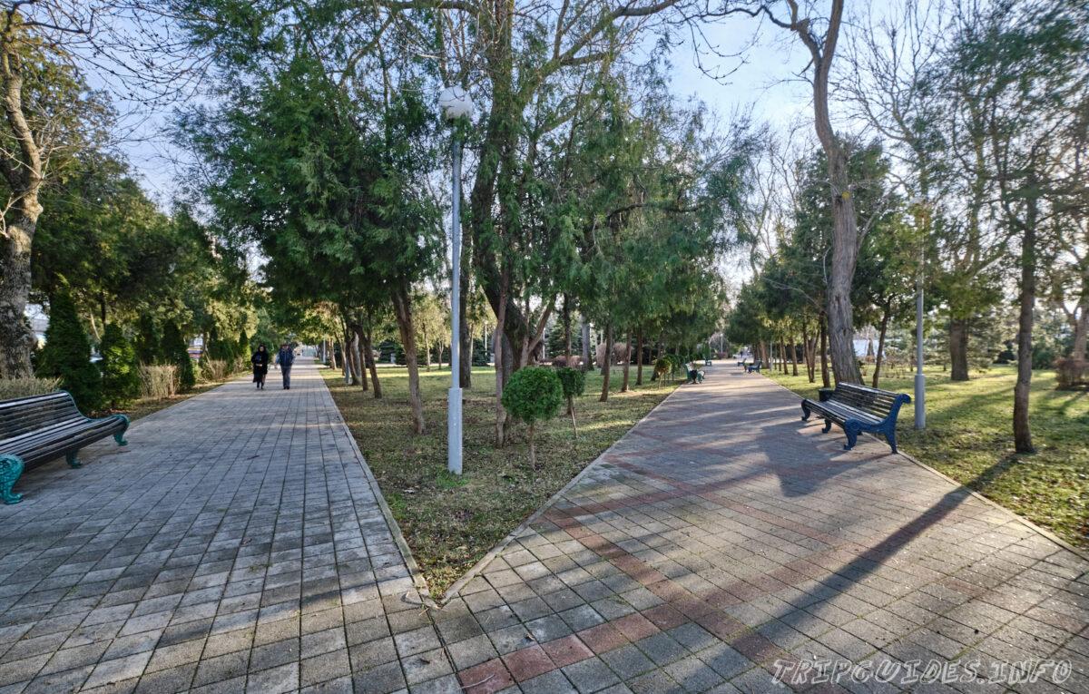 Сквер Памяти и аллея Славы в Анапе - Краснодарский край, Россия