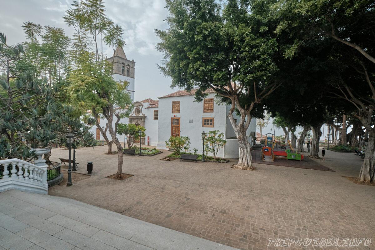 Церковь Сан Маркос в Икод-де-Лос-Винос на Тенерифе в Испании
